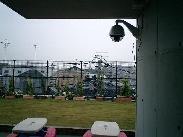 屋外園庭カメラ(ハウジング使用)